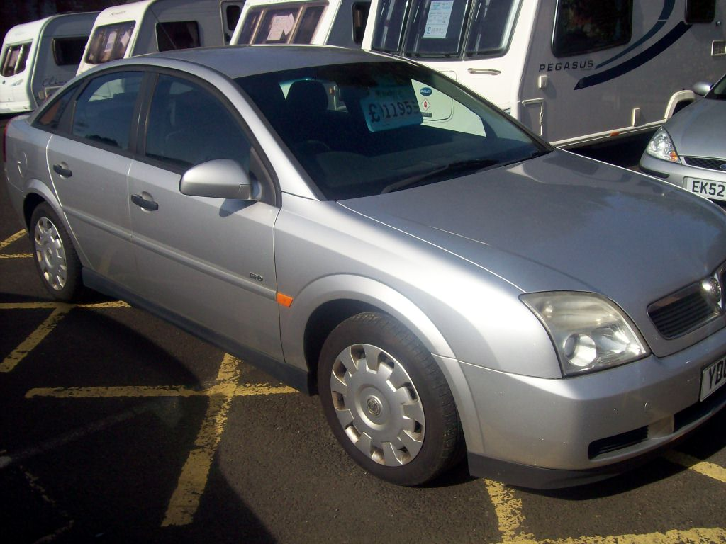 Vauxhall Vectra 1.8i Life | Severn Valley Leisure
